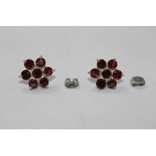 925 Sterling Silver Studs Earring with Natural Garnet Stones Flower Design