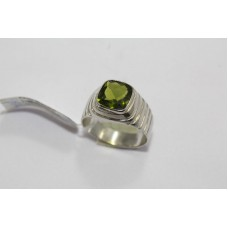 925 Hallmarked Sterling Silver Mens Ring Real Green Peridot Gemstone Size 24